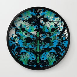 Memory of a Tree Wall Clock