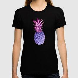 Violet pineapples T-shirt