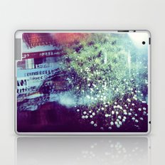 Holga Flowers V Laptop & iPad Skin
