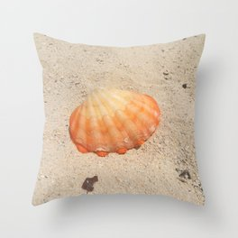 orange clam on sand Throw Pillow