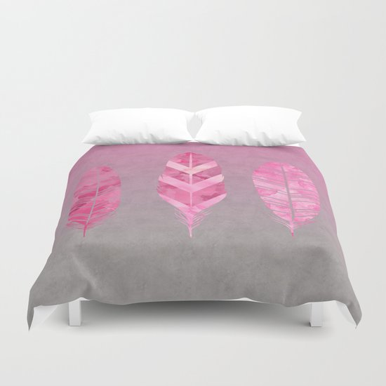 Feathers pink grunge watercolor art Duvet Cover