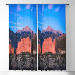 Pikes Peak - Sunrise Over Garden of the Gods in Colorado Springs Blackout Curtain