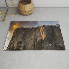 ROCK FORMATION WITH LAVA DURING DAYTIME Rug