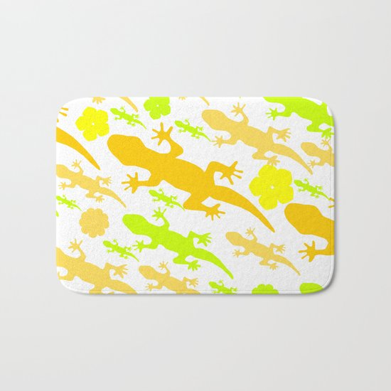 Lizards in yellow and green Bath Mat