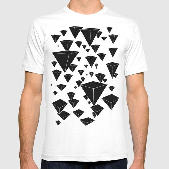 snowing pyramids II T-shirt