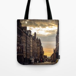 Royal Mile Sunrise in Edinburgh, Scotland Tote Bag