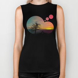 Old tree and colorful sundown panorama | landscape photography Biker Tank