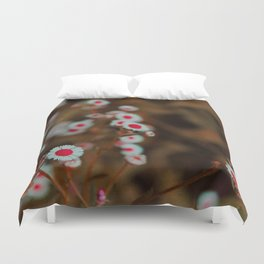 Painting The Roses Red - Daisies in Tennessee Duvet Cover