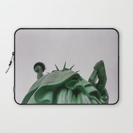 New York City: Statue of Liberty (Color) Laptop Sleeve