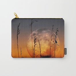 Wonderful Gorgeous Large Full Moon On Horizon Above Cornfield Close Up HD Carry-All Pouch