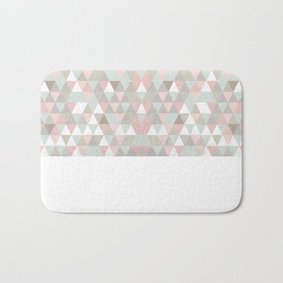 Shabby chic triangles Bath Mat