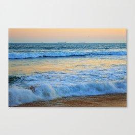 Ocean b Canvas Print