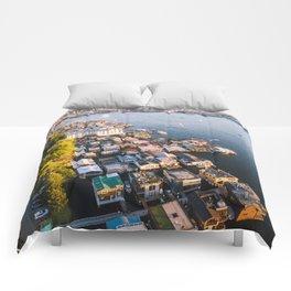Houseboats on Lake Union Comforters