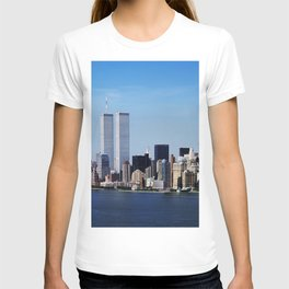 Aerial view of New York City in which the World Trade Center Twin Towers is prominent T-shirt
