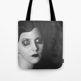 Zahra Karenina Tote Bag