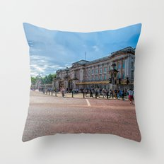 London - Buckingham Palace Throw Pillow