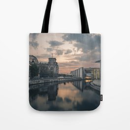 Regierungsviertel Tote Bag