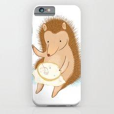 Hedgehog stitching a hedgehog iPhone 6s Slim Case