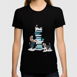 Life is better with books a hot drink and a friend // grey background brown white and blue beagles and cats and turquoise cozy details T-shirt