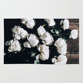Garden Roses on Stage Rug