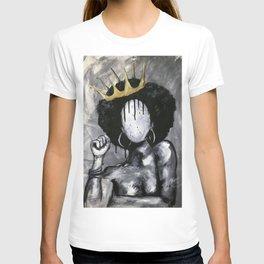 Naturally Queen T-shirt