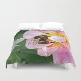 bee on pink flower Duvet Cover