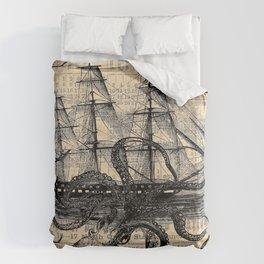 Octopus Kraken attacking Ship Antique Almanac Paper Bettbezug