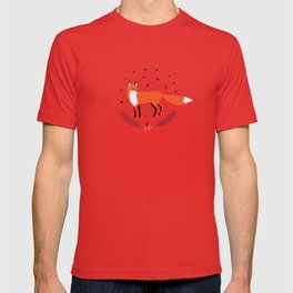 Red foxes and berries in the winter forest T-shirt