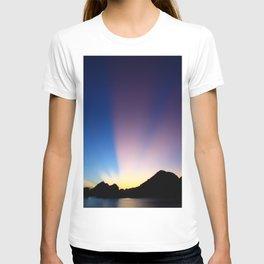 Ha Long Bay Sunset T-shirt