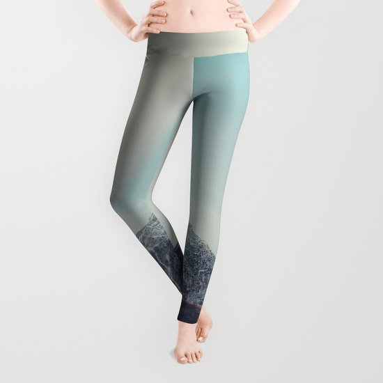 Mountains in the background XIII Leggings