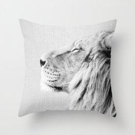 Lion Portrait - Black & White Throw Pillow