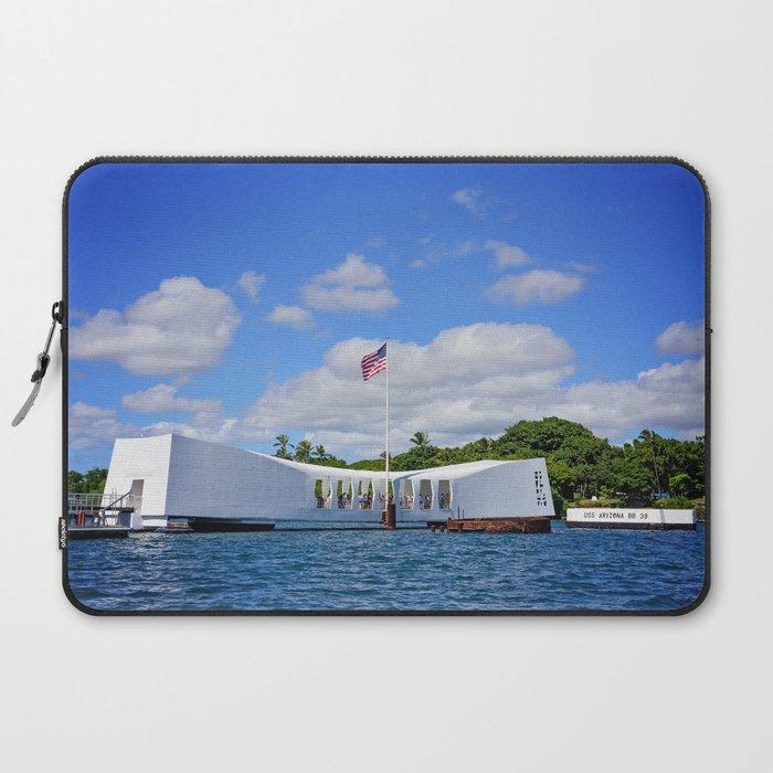 Perl Harbor Laptop Sleeve