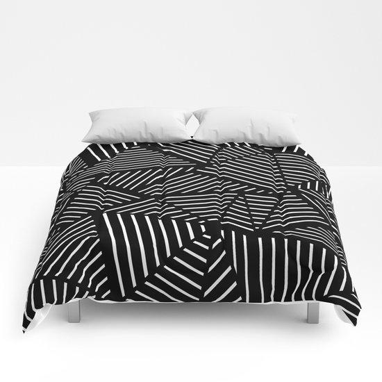 Ab Linear Zoom Black Comforters