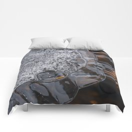 Abstract face. Comforters