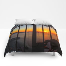 Gorgeous sunset Comforters