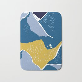 Say goodnight to the mountains Bath Mat