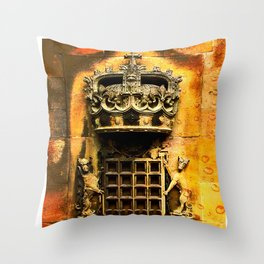 Windsor castle crest Throw Pillow