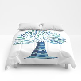 Palm tree with with water reflection Comforters