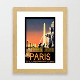 Paris, edite par les grands reseaux des chemins de fer francais - Vintage French Travel Poster Framed Art Print