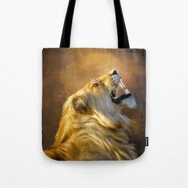 Roaring lion portrait Tote Bag