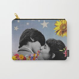 That Kiss Carry-All Pouch