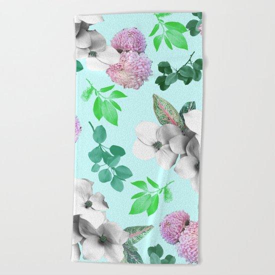 Spring bloom II Beach Towel