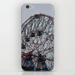 wonder wheel iPhone Skin