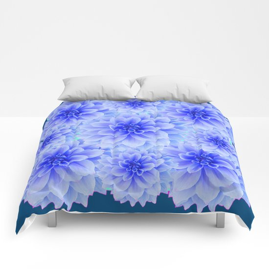 BLUE-WHITE DAHLIA FLOWERS IN TEAL COLOR Comforters By