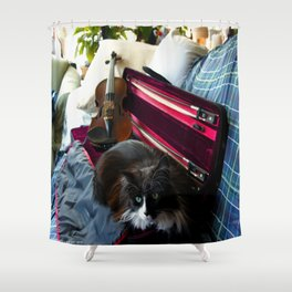 The Cat and the Fiddle (Gracie Queen of Chicago Collection) Shower Curtain