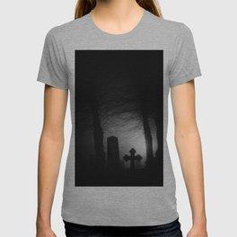 Where spirits wander T-shirt