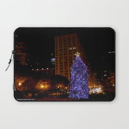 Christmas Light Towers (Chicago Christmas/Holiday Collection) Laptop Sleeve