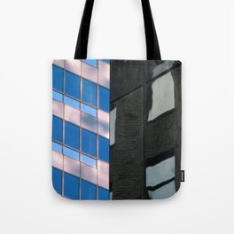 Manhattan Windows - Horizon Tote Bag