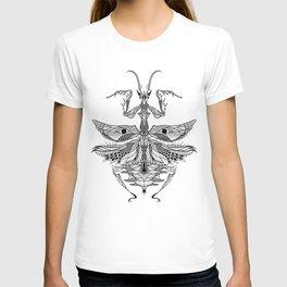 MANTIS beetle psychedelic / zentangle style T-shirt