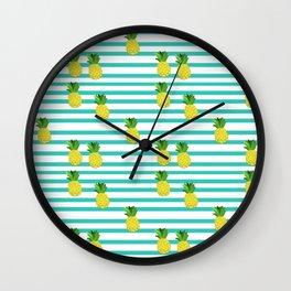 Ananas tropical summer pattern Wall Clock